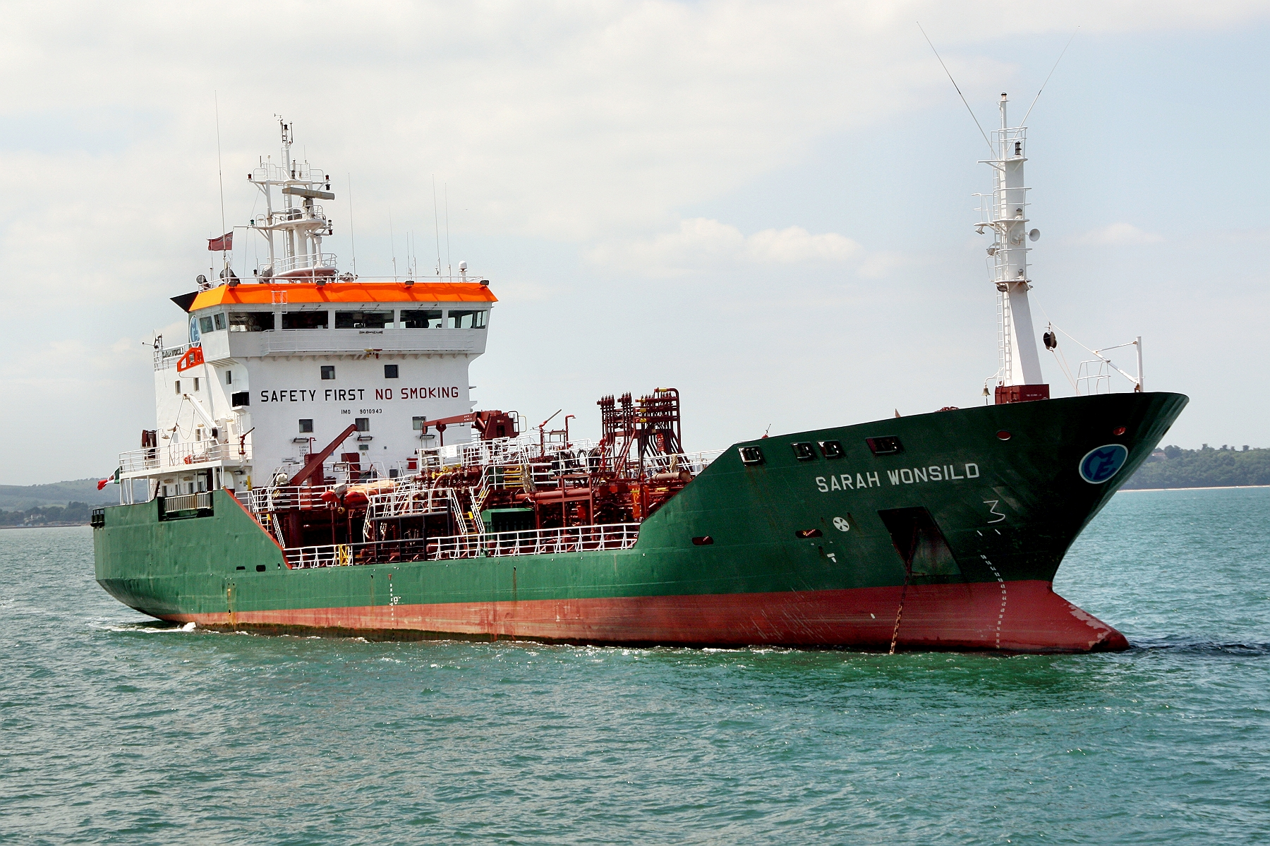 Advanced Diesel Anchorage >> Ship Photos, Container ships, tankers, cruise ships, bulkers, tugs etc